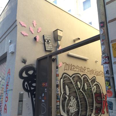 Le Schanzenviertel est rempli de tags, street art et de petits commerçants