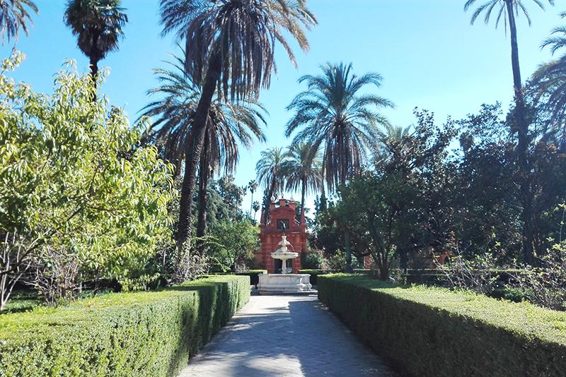 Roadtrip - Alcazar Sevilla - Lamas on the road - Olamelama blog