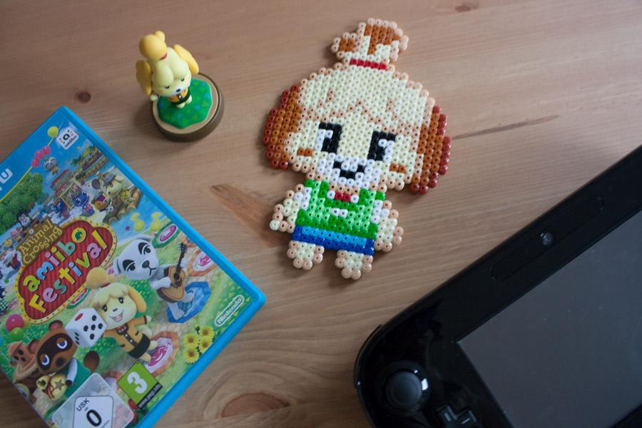 Détail figurine en perles Hama Animal Crossing