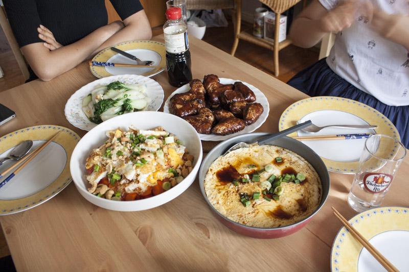 Asian gang dîner à Düsseldorf