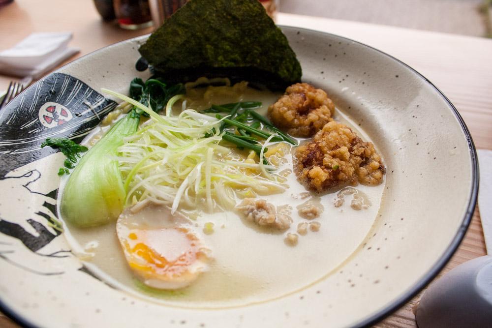 Paitan Ramen Poulet - Restaurant japonais Düsseldorf Takumi Chicken & Veggies - Olamelama