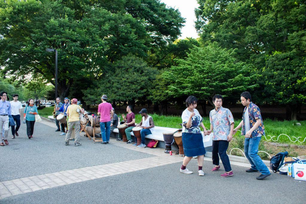 50 souvenirs du Japon - Dimanche au parc Yoyogi à Tokyo