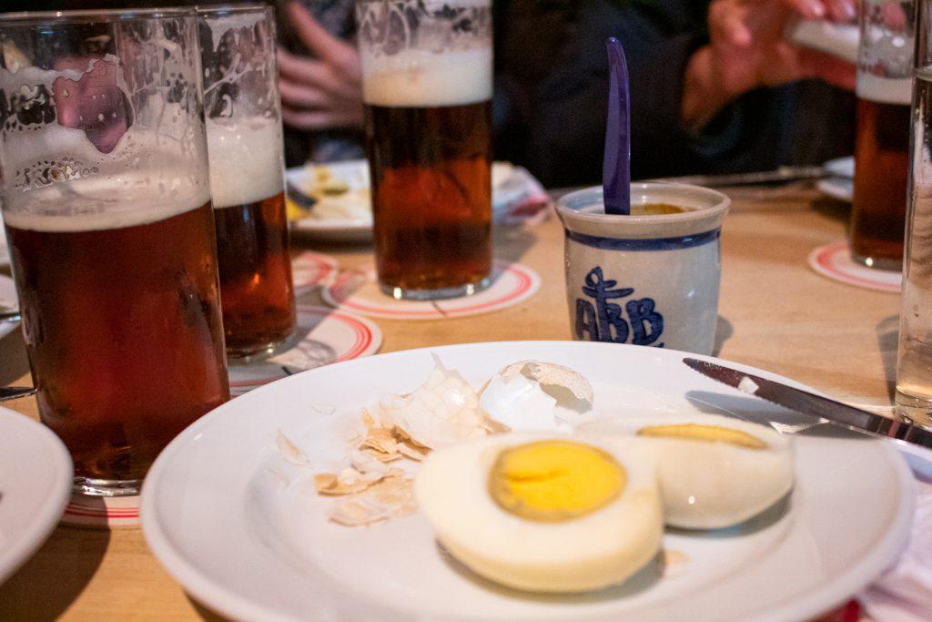 Visite culinaire de Düsseldorf - Soleier, moutarde et altbier