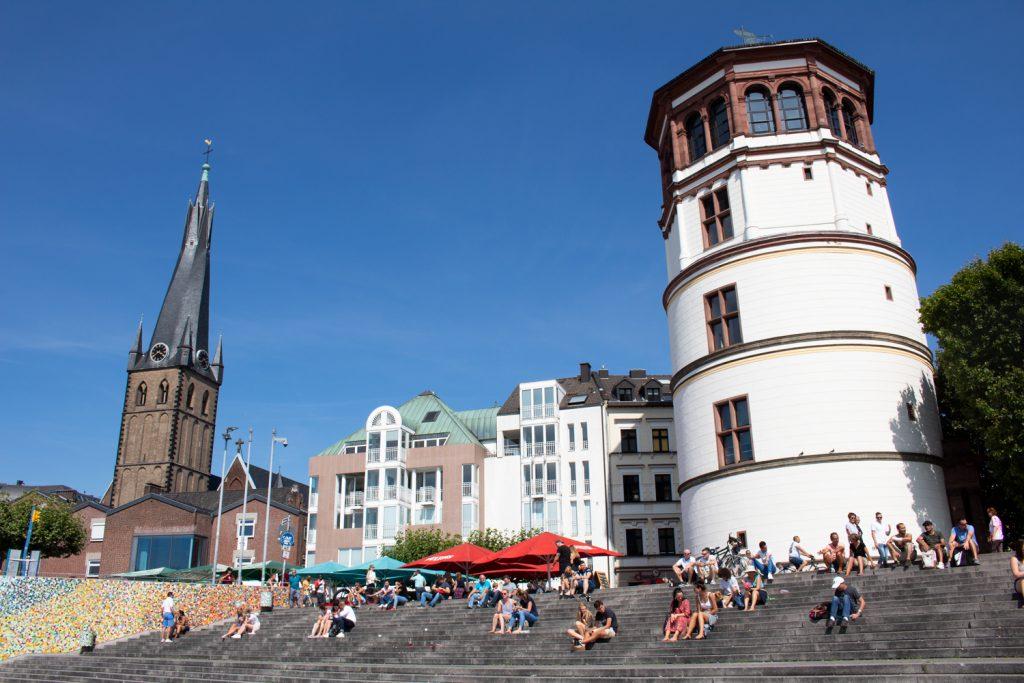 Visiter Düsseldorf - Burgplatz