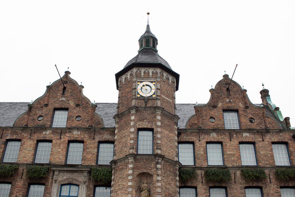 Visiter Düsseldorf - Hôtel de ville Rathaus