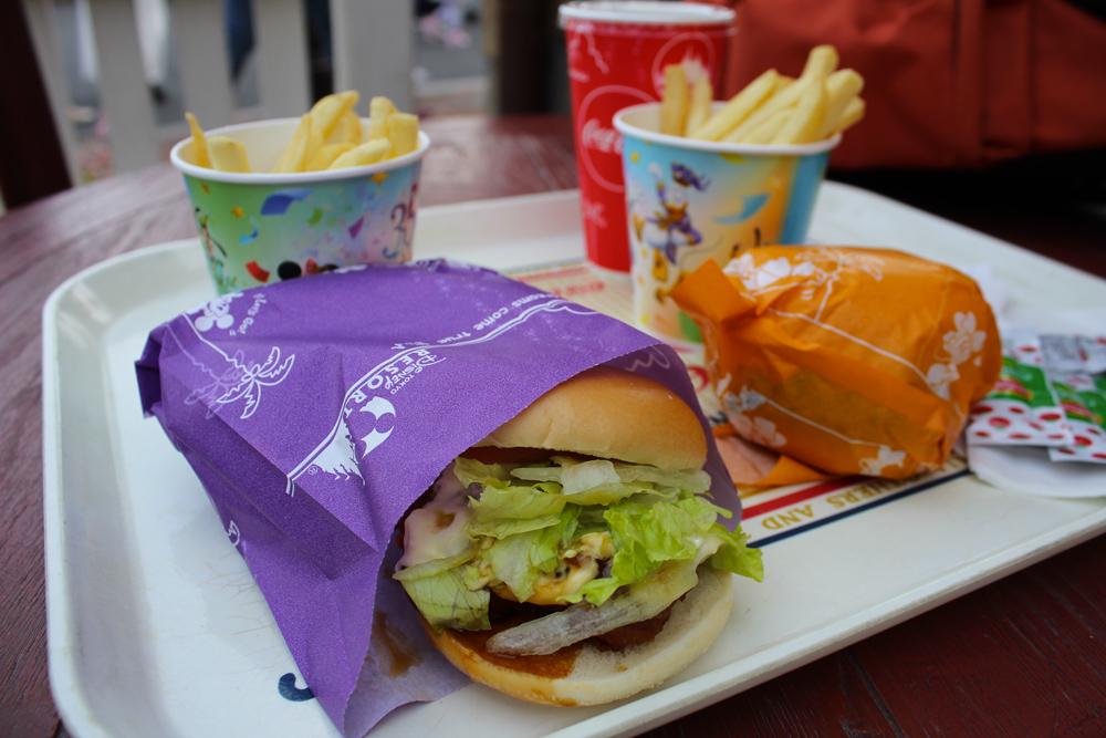 Visiter Tokyo DisneySea - Nourriture - Burger
