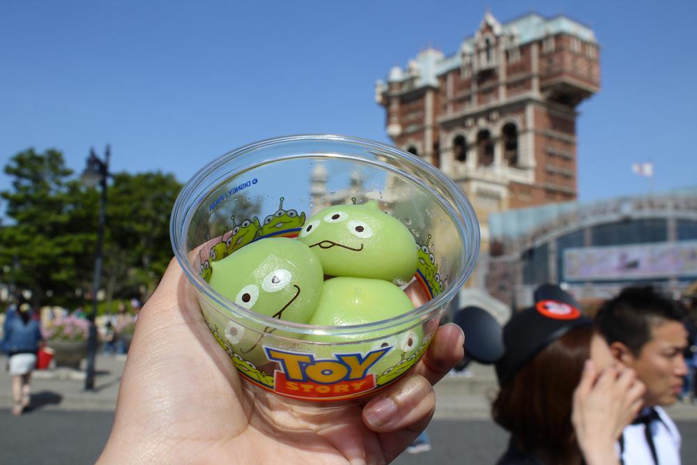 Visiter Tokyo DisneySea - Nourriture - Alien mochi