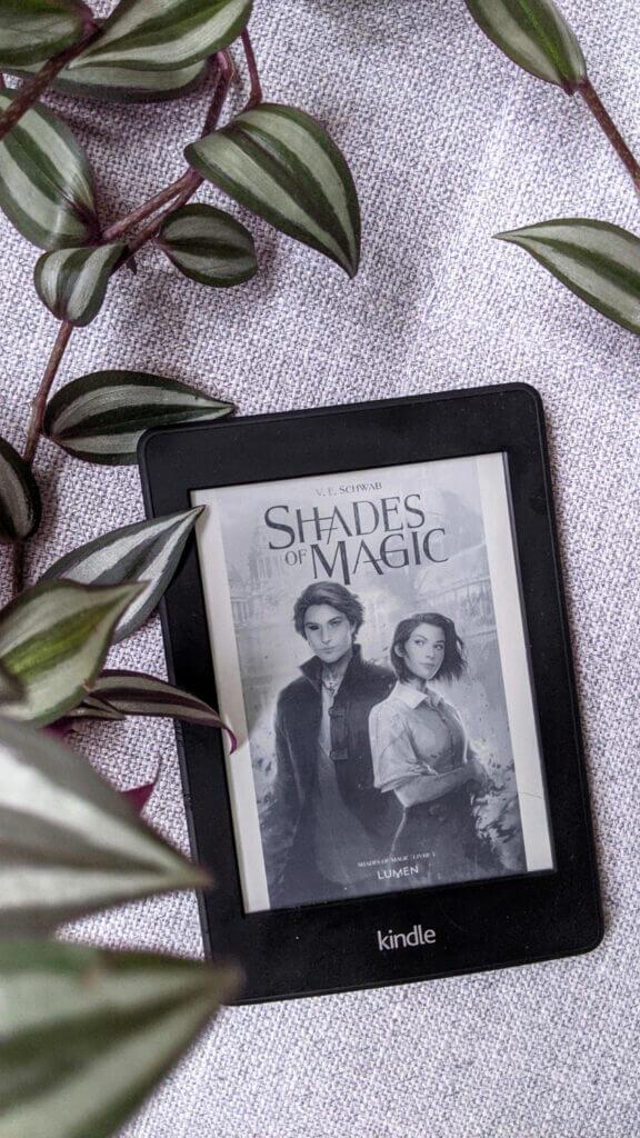 Lectures préférées de 2020 - Shades of Magic de V.E. Schwab