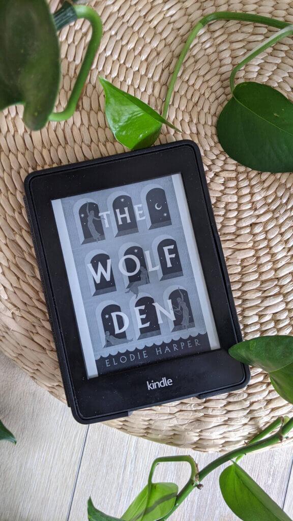 Dernières lectures - Février et Mars 2021 - The Wolf Den de Elodie Harper